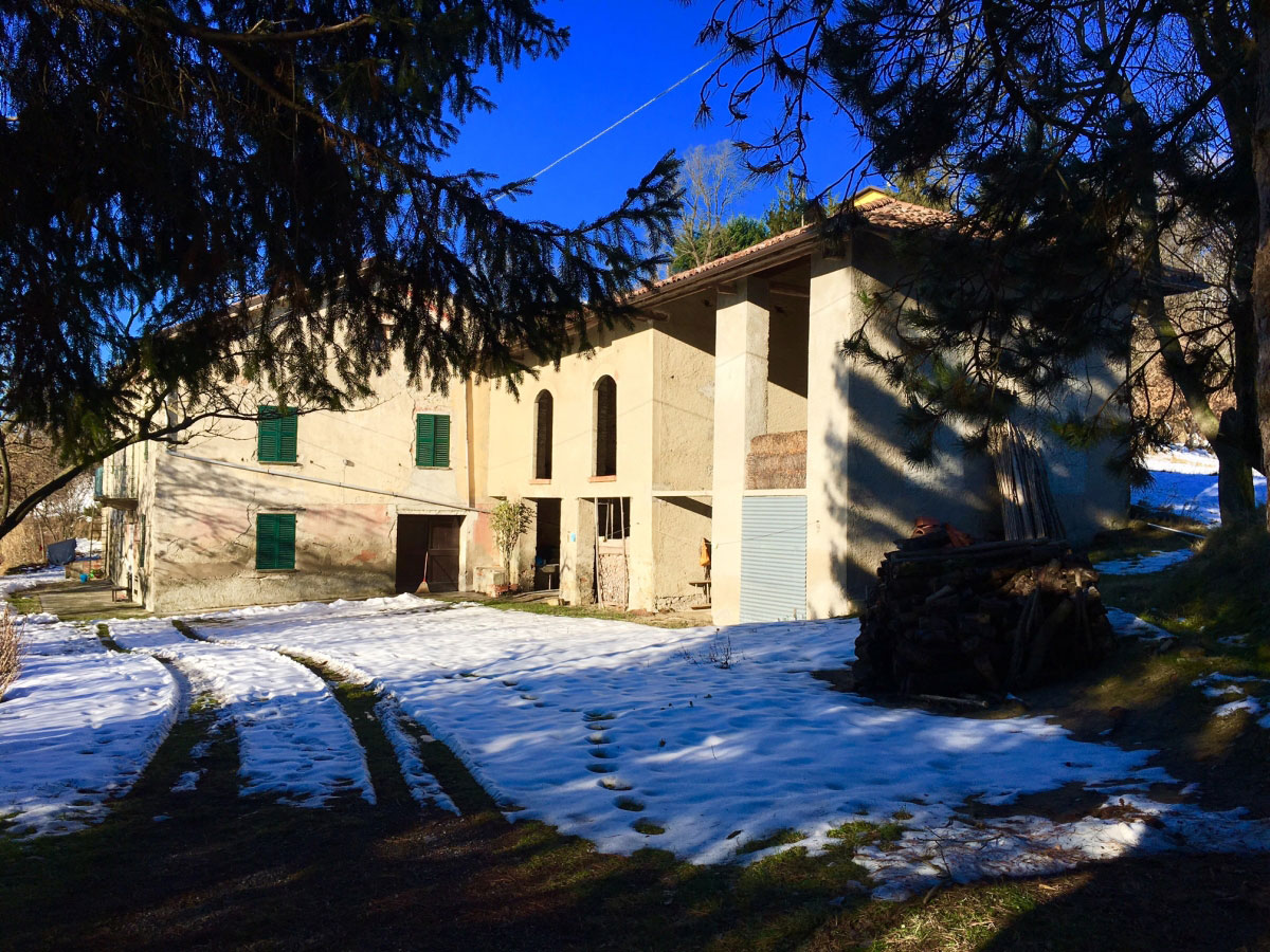 Property: Real Estate in Montabone. Image 1